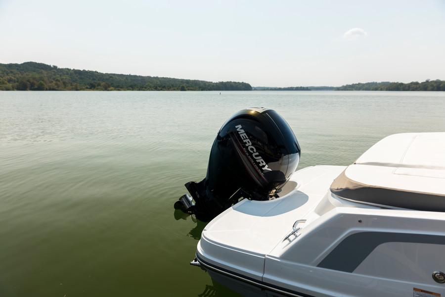 Bayliner VR5 OB