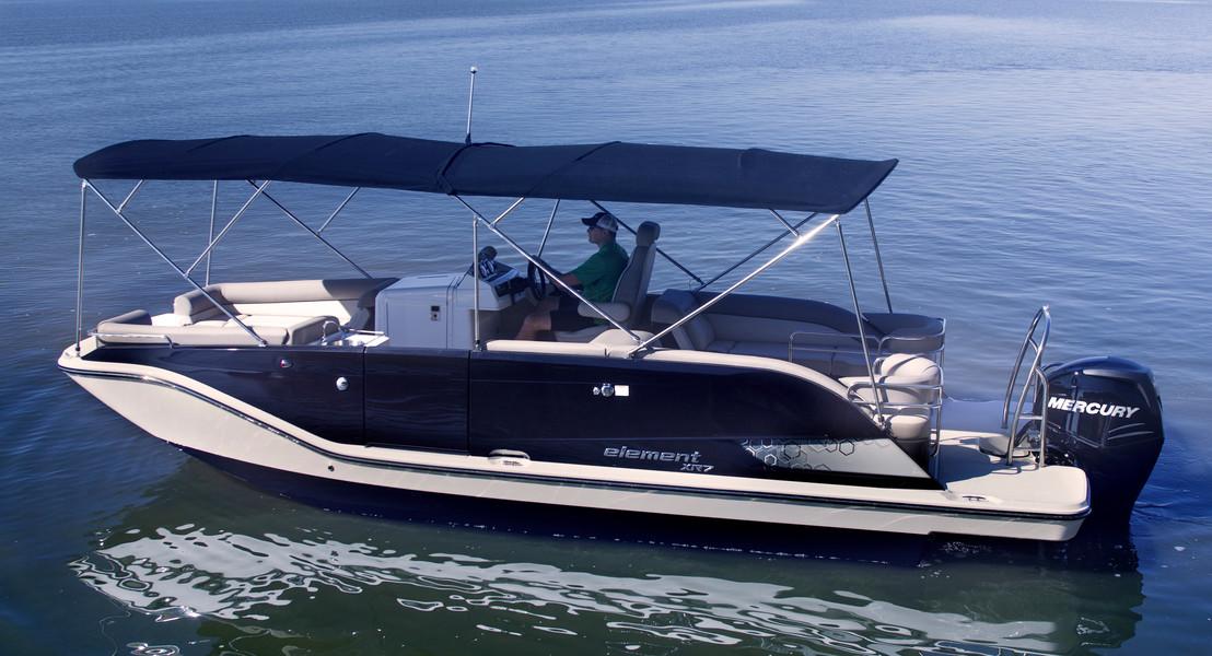 Bayliner XR7